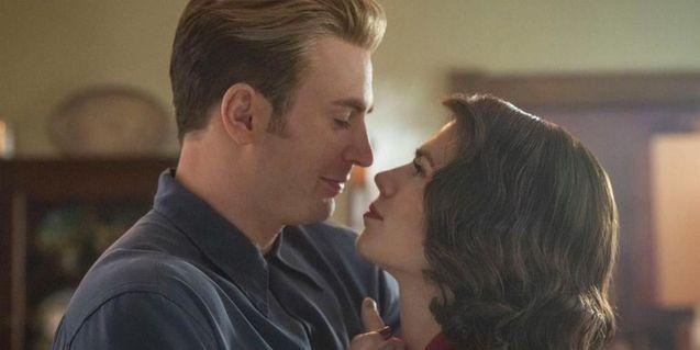 """Image de Captain America et Peggy Carter dans """"Avengers : Endgame""""."""