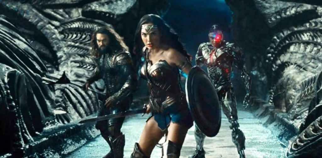 """Image de Gal Gadot (Wonder Woman) et Jason Momoa (Aquaman) dans """"Justice League""""."""